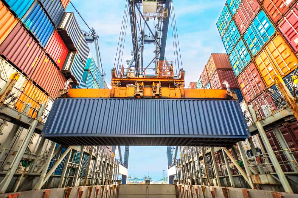 freight forwarding shipping containers